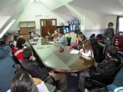 Legisladores recibieron a Autoconvocados por el Bosque - Noticias - Ushuaia-Info | Asociación Manekenk | Scoop.it
