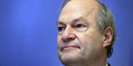 Le casse-tête du CSA pour la nomination du président de l'AEF   DocPresseESJ   Scoop.it