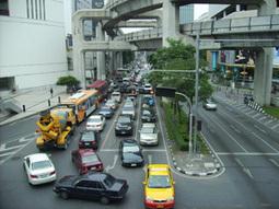 Het verkeer in Bangkok is een drama. Waarom? - Hier is Thailand.nl | Op reis naar Bangkok | Scoop.it