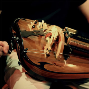 Musician Guilhem Desq Gives an Electrifying Hurdy Gurdy Performance | Culture and Fun - Art | Scoop.it