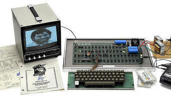 Old Apple-1 computer sells for record $671,400 at auction   Chinese Rocket parts Collection.........FOR SALE   Scoop.it