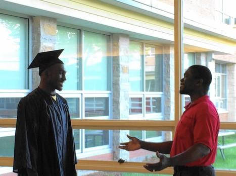 East Aurora High School holds summer graduation - Chicago Tribune | Aurora, Illinois, business | Scoop.it