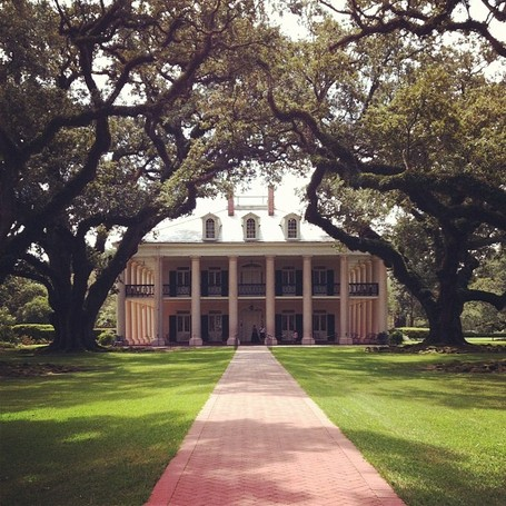 Ericka's Photo of the Big House | Oak Alley Plantation: Things to see! | Scoop.it