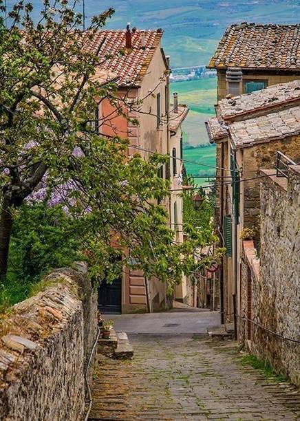 You & Facebook | Visit Montalcino | Scoop.it