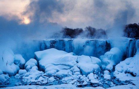 Niagara Falls Is an Icy, Frozen Wonderland (Photos)   Business Initiatives   Scoop.it