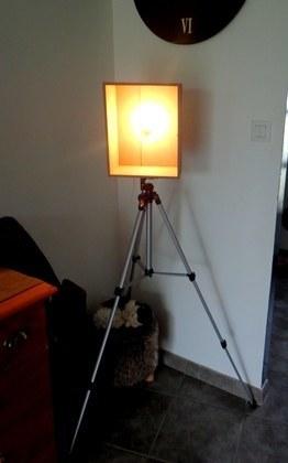 Création d'une lampe sur un trépied #idée #DIY #Recup | Best of coin des bricoleurs | Scoop.it