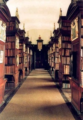 10 Haunted Libraries Around the World | GIBSIccURATION | Scoop.it