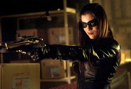 Arrow Exclusive: The Huntress Returns for Birds of Prey Episode! | CW's Arrow | Scoop.it