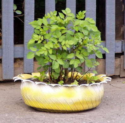Recycled Tire Planters | Let's Upcycle! | Scoop.it