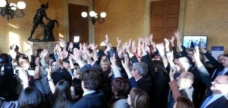 Insolite : flashmob des députées à l'Assemblée nationale | La Manche Libre | Actu Basse-Normandie (La Manche Libre) | Scoop.it