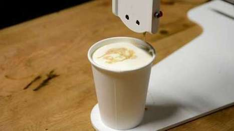 Robot-Drawn Latte Portraits - The Barista Bot Paints a Portrait of Your Face in Your Drink (TrendHunter.com) | creative technologist | Scoop.it