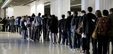 Pas de sortie de la crise de l'emploi en vue - Capital.fr | Wiki Métiers | Scoop.it