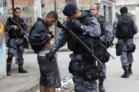 Opération de police dans des favelas de Rio | Le  Brésil : des inégalités qui persistent et qui  freinent l'essor d'une BRICS | Scoop.it