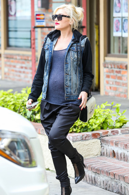 Gwen Stefani: Glowing & Growing | Acupuncture and celebrity endorsement | Scoop.it
