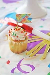 A new way to use duct tape; create cupcake toppers with it! | Party planning | Scoop.it
