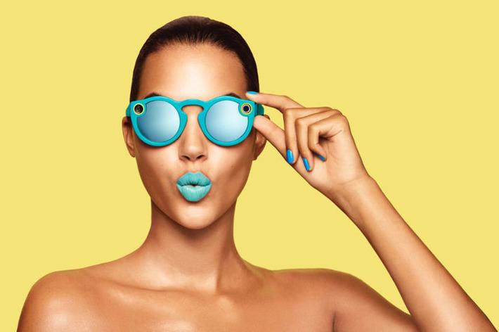 Snapchat devient Snap Inc et se lance dans les objets connectés   Relations publiques, Community Management, et plus   Scoop.it