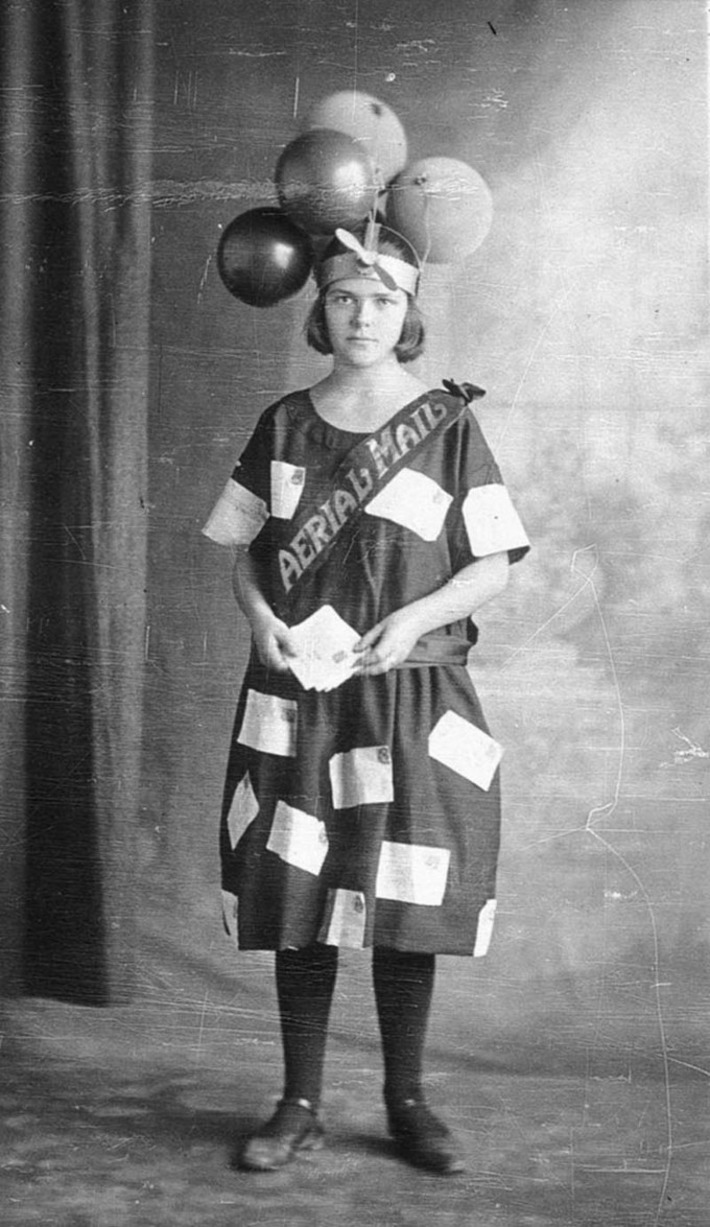 Here's Miss Aerial Mail, New South Wales, c. 1922 | Herstory | Scoop.it