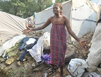 Haitians Are Hungry & Desperate – Yet the World Appears ... | The Haitian Experience | Scoop.it