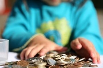 Karen Ehman — 10 Ideas to Teach Your Kids {& You!} Generosity | Generosity | Scoop.it