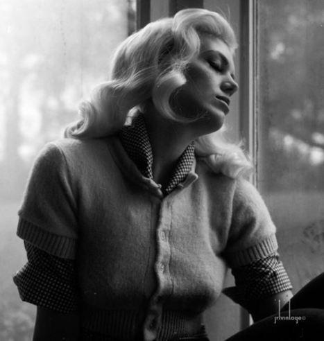 Pin Up Girl Frankii Wilde & Photographer John Tuckey Create Vintage Magic | Rockabilly | Scoop.it