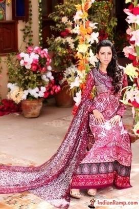 Floral Designs Pakistani Dresses Online for Women www.IndianRamp.com | Indian Ramp - Indian Fashion, Saree, Salwar Kameez, Mehendi Designs | CHICS & FASHION | Scoop.it
