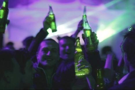 Heineken Creates Interactive Bottle That Responds To Drinkers [Video] - PSFK | ESocial | Scoop.it