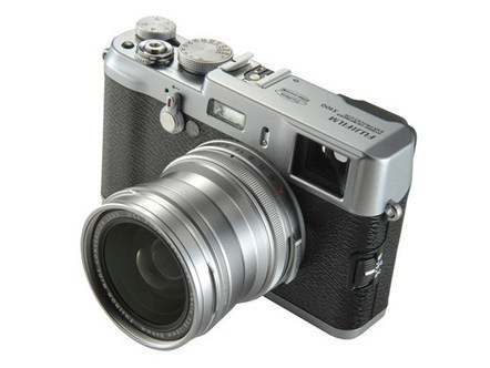 Fujifilm creates wide-angle adapter and firmware v1.3 for X100 | Photography Gear News | Scoop.it