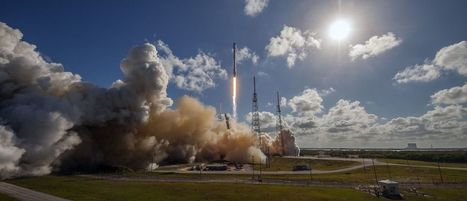 Stunning onboard view follows SpaceX's rocket from space to ocean landing | Transformations in Business & Tourism | Scoop.it