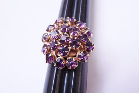 Vintage Amethyst Rhinestone Cluster Ring / Gold Tone / Costume Jewelry / Jewellery | Vintage and Antique Jewelry & Fashion | Scoop.it