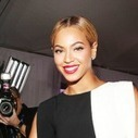 Photos: Beyonce Poses With Her Grammy! | Latest Music news | Scoop.it