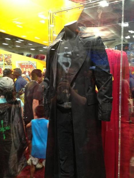 Twitter / screenrant: For our Smallville fans! ...   Black Smallville Superman Leather Clark Kent Costume   Scoop.it