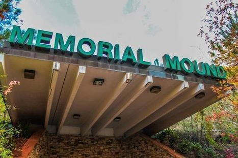World's creepiest mausoleum where rotting corpses were left in bags up for sale | Strange days indeed... | Scoop.it