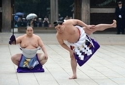 Sumo grand champs flex muscles in New Year offering | ITSGA | Scoop.it