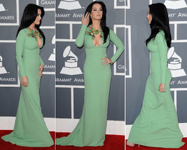 Katy Perry Cleavage Baring Gucci Gown At 2013 Grammy Awards | Red Carpet Looks | Scoop.it