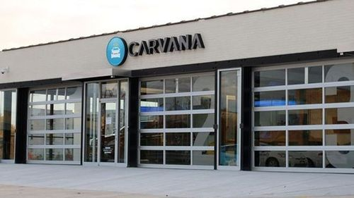 Caravana Used Car Vending Machine