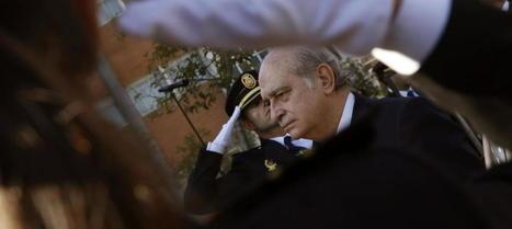 #España: Interior pagará un seguro que cubrirá errores profesionales de policías y guardias civiles   Qué hay en Seguridad Pública?   Scoop.it