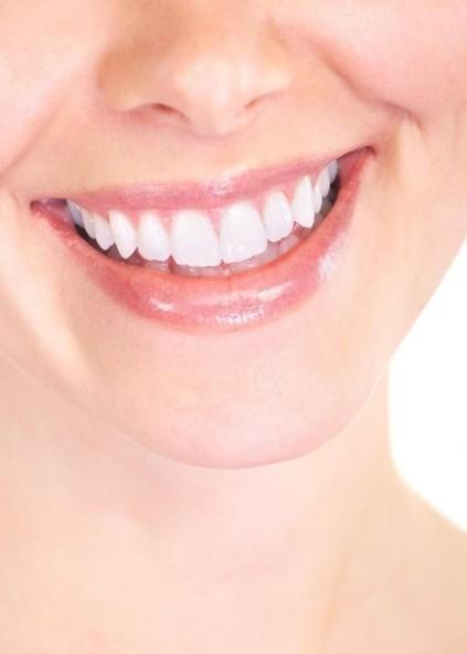 El 42% de los españoles no se lava los dientes después de comer fuera de casa | Apasionadas por la salud y lo natural | Scoop.it