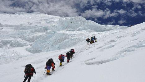 Premiers à l'Everest ? - videos.arte.tv | Dans la place | Scoop.it