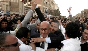 Egypt crowd attacks reformist ElBaradei during first post-Mubarak elections | Coveting Freedom | Scoop.it