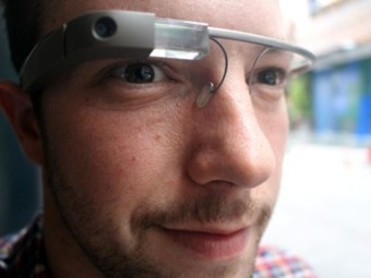 Fiserv demonstrates Google Glass banking - ZDNet | Online Banking | Scoop.it