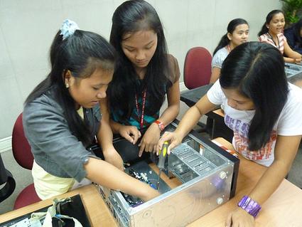 Young Women & The Web: Tech Age Girls Launches in Vietnam ... | Women in Tech - Articles | Scoop.it