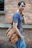 Cool vintage leather and canvas laptop cross body bags mens | personalized canvas messenger bags and backpack | Scoop.it
