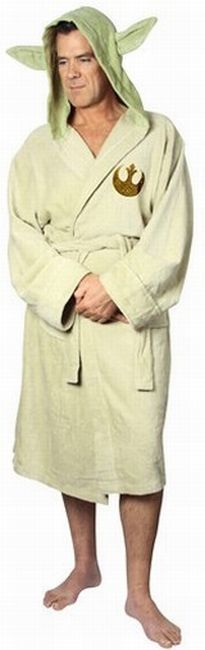 This Yoda Robe Is An Intergalatic Crime Of Fashion | All Geeks | Scoop.it