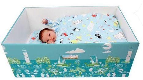 Why babies all over the world are now sleeping in boxes | digital divide information | Scoop.it