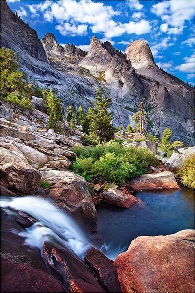 Visit Sequoia National Park in California, USA | Jhakaas | Scoop.it
