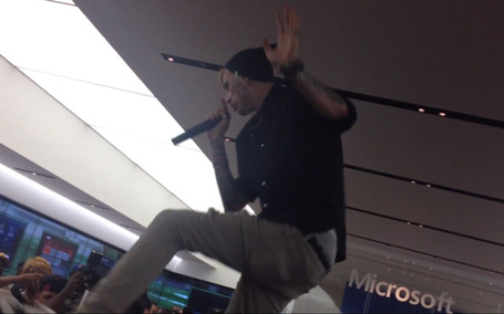 Machine Gun Kelly gig at Microsoft Store cut short by police | Microsoft | Scoop.it