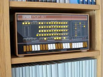 PiDP-8: A PDP-8 Minicomputer on Raspberry Pi | Arduino, Netduino, Rasperry Pi! | Scoop.it