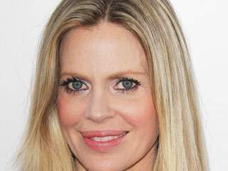 Kristin Bauer Van Straten selling anti-poaching gear | Wildlife Trafficking: Who Does it? Allows it? | Scoop.it