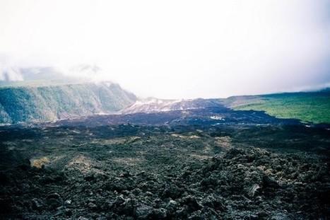 La Réunion, entre Hauteurs, Bord de mer et Roche volcanique encore fumante ! - Paris tu Paris | Volcan Ile de la Réunion | Scoop.it
