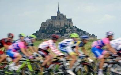 Tour de France au Mont-Saint-Michel : une route à 150 000 euros fait polémique | La revue de presse de Normandie-actu | Scoop.it